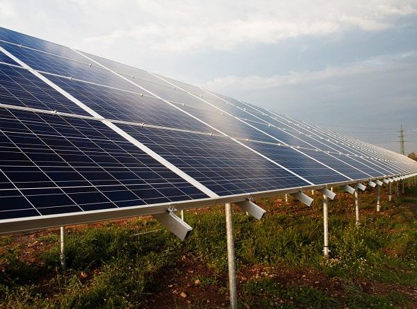 Stilstand bij veel initiatieven voor zonnevelden en windparken in Utrecht